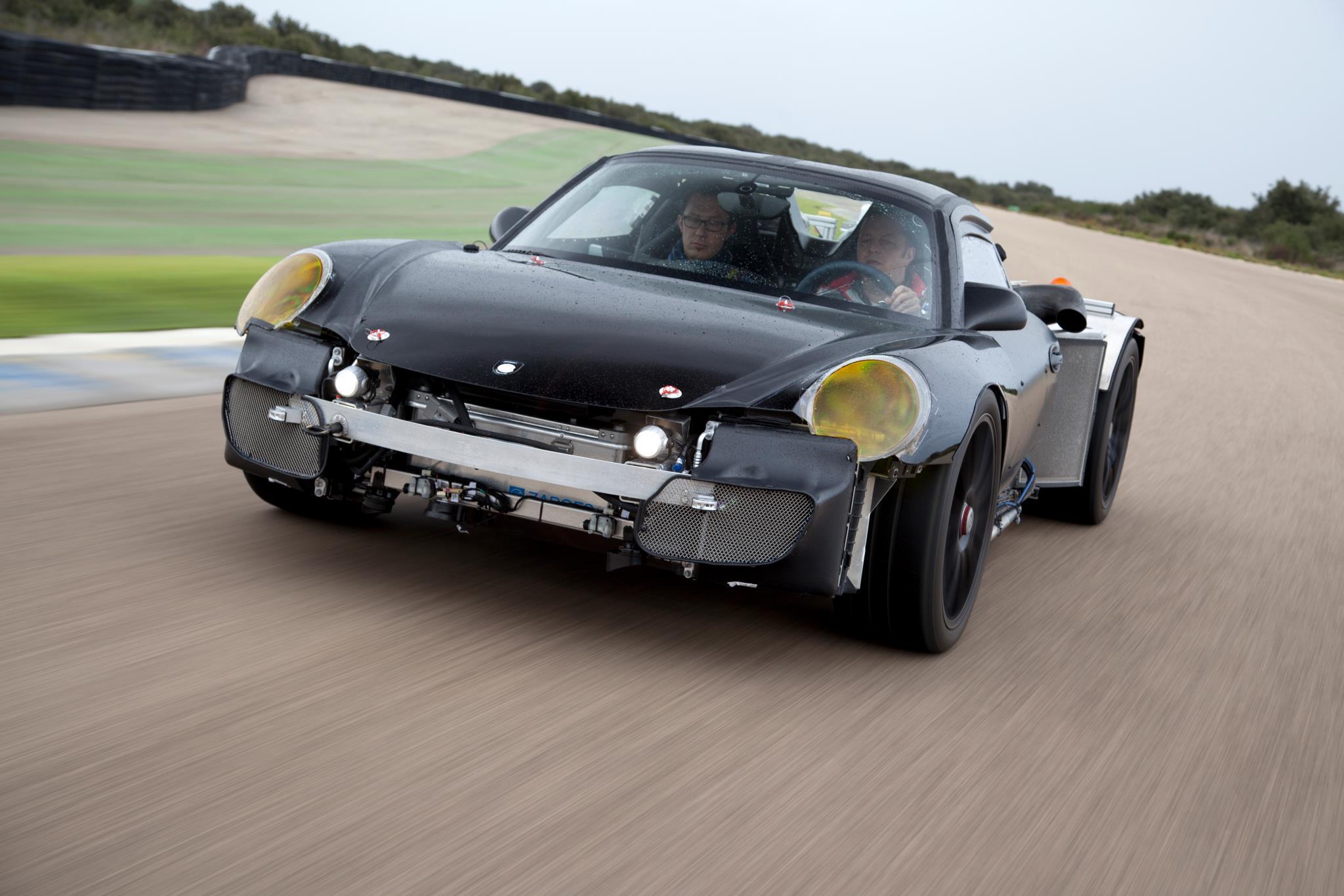 porsche 918 spyder en livr e martini racing. Black Bedroom Furniture Sets. Home Design Ideas