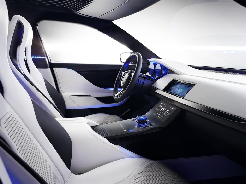 Jaguar C-X17 Concept Salon de Francfort