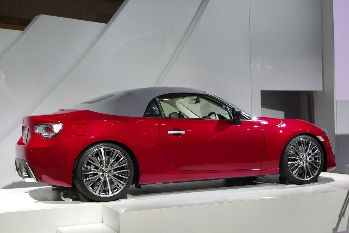 Salon de Tokyo 2013 - Toyota GT86 Concept Open