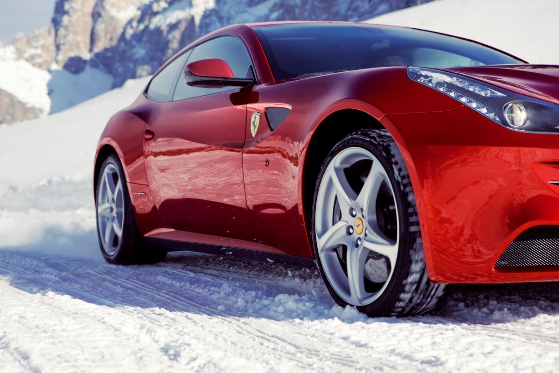 Pneu hiver - Ferrari FF