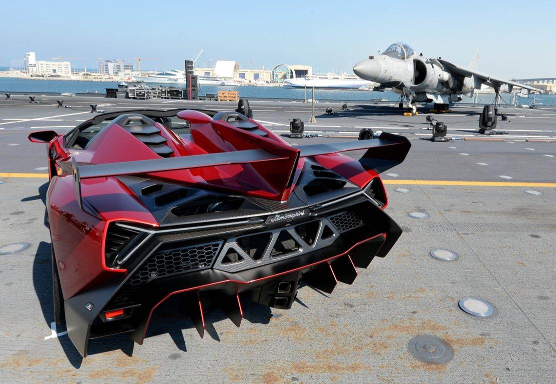 Lamborghini Veneno Roadster - Abu Dhabi