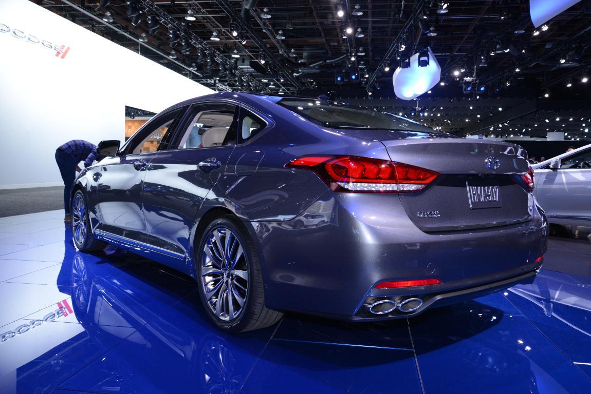 Hyundai Genesis II 2015