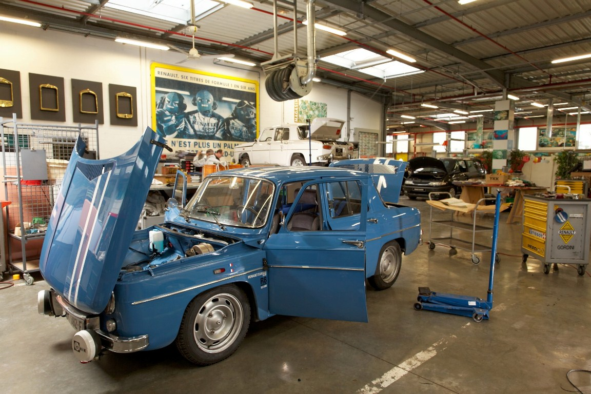 renault 8 gordini 50 ans au monte carlo historique. Black Bedroom Furniture Sets. Home Design Ideas