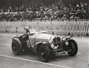 1933_alfa-romeo-8c-type-le-mans
