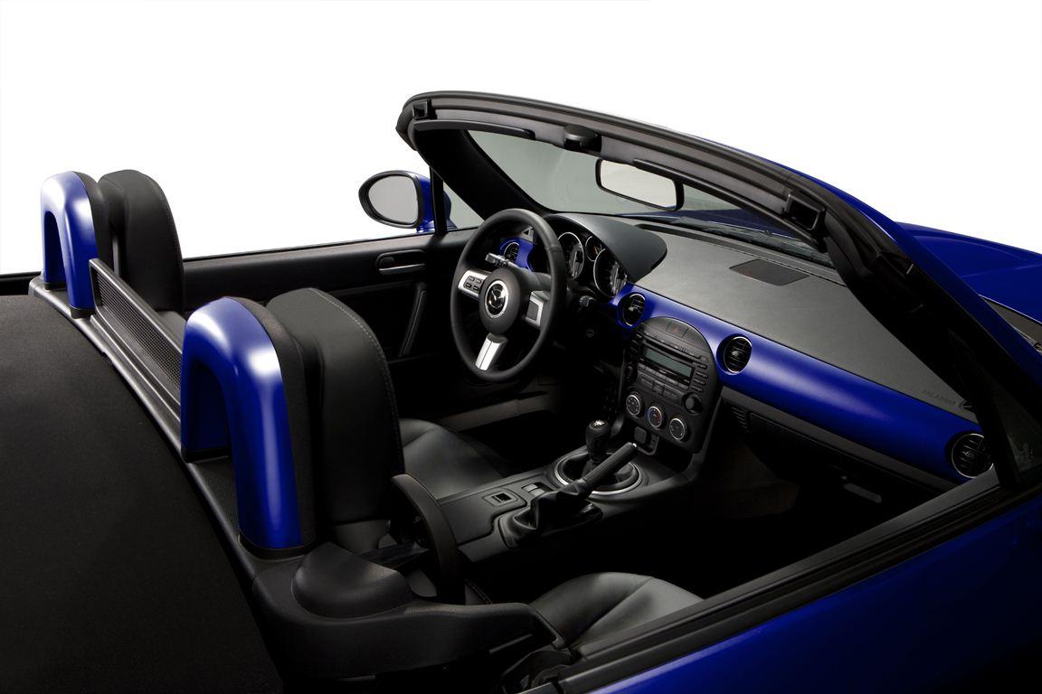 Mazda_MX-5_20years_11__jpg300