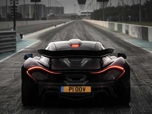 McLaren P1 test Chris Harris - Yas Marina - Pistonhead / Drive
