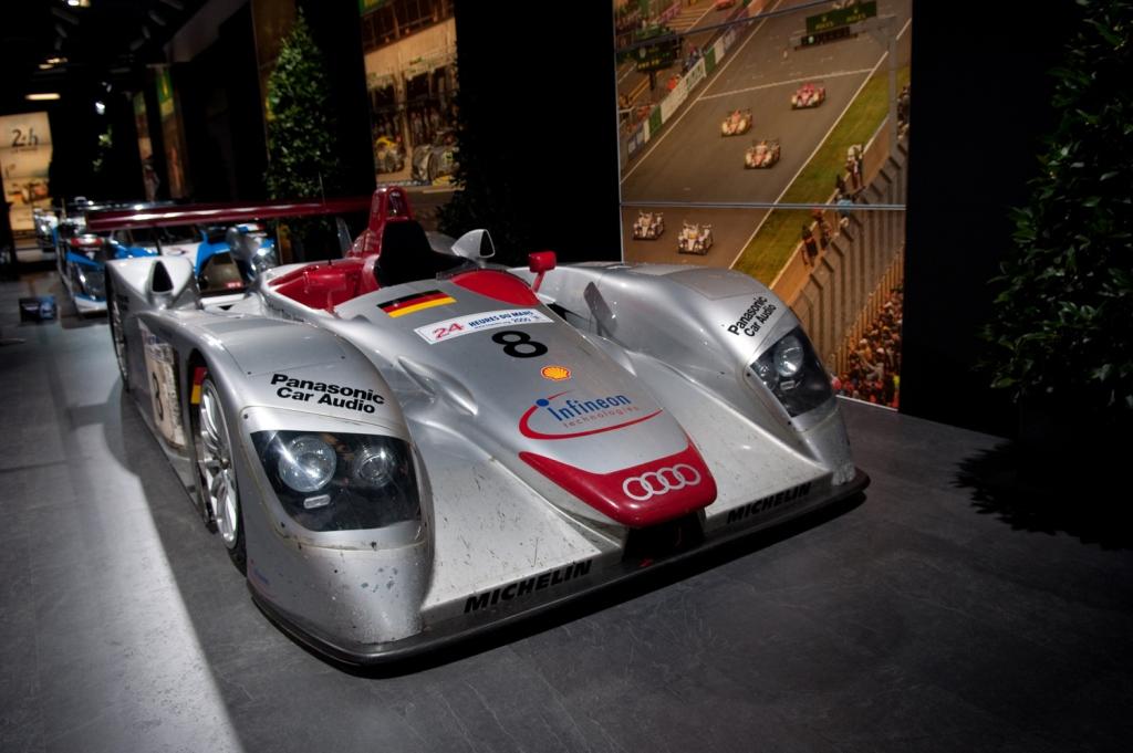 Audi R8 (2000)