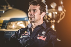Peugeot retour sur le Rallye Dakar en 2015 - Cyril despres