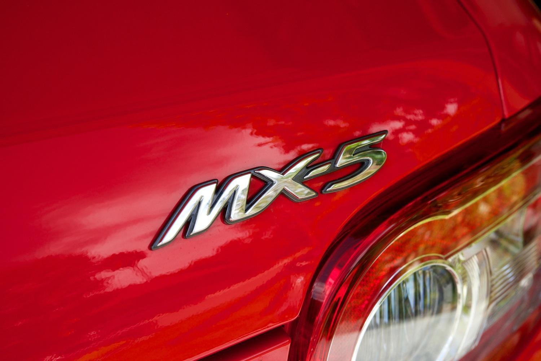 Mazda-MX-5-logo