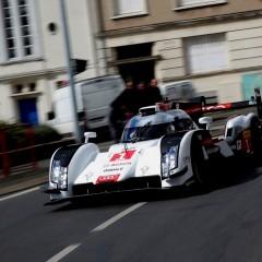 La nouvelle Audi R18 e-Tron Quattro dans les rues du Mans