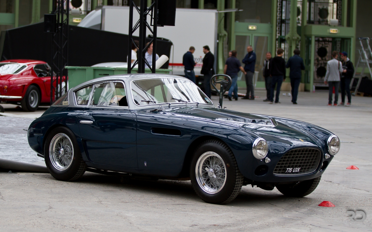 Tout Auto 2014 - Grand Palais - Ferrari - Raphael Dauvergne