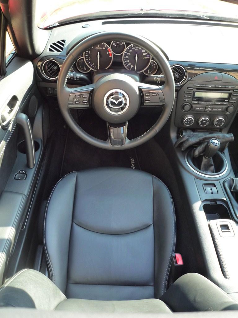 Mazda MX-5 1.8L Soft Top