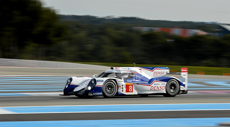 Toyota Racing TS040 - Buemi-Davidson-Lapierre