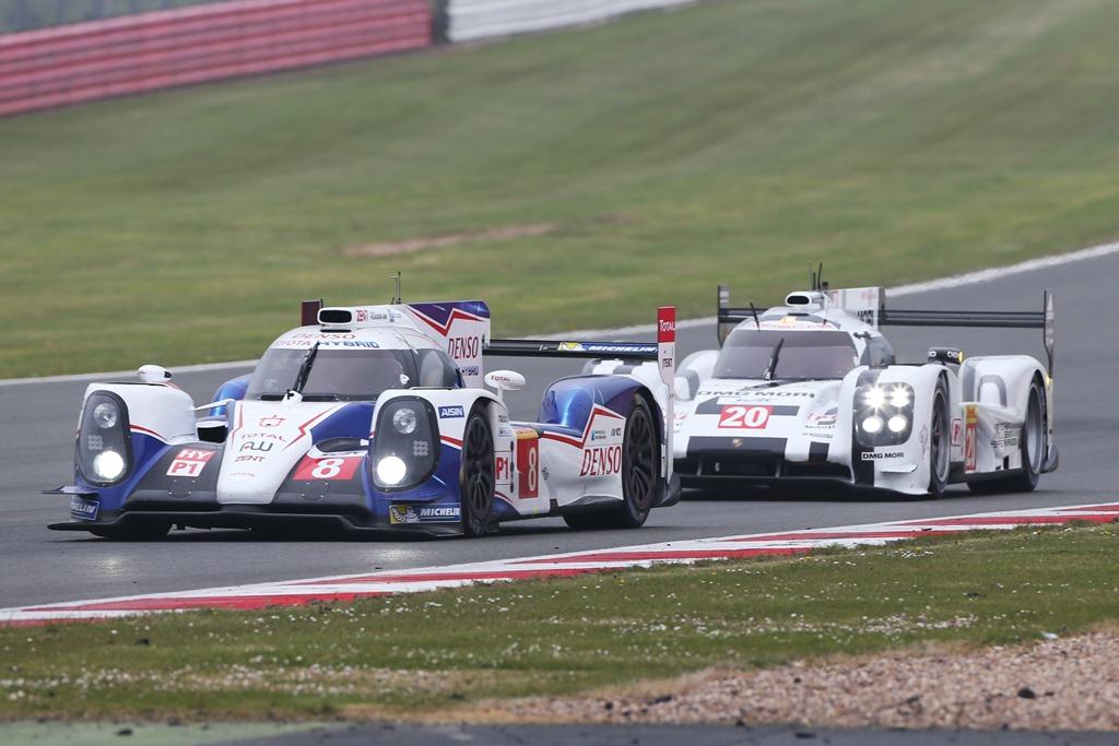 World Endurance Championship - Silverstone 2014 - Toyota TS040 n°8 Porsche 919 Hybrid n°20