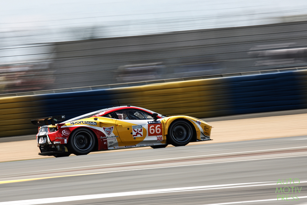 Ferrari 458 Italia n°66/JMW Motorsport - 24 Heures du Mans 2014 - Course - AL FAISAL / NEIMAN / PUMPELLY