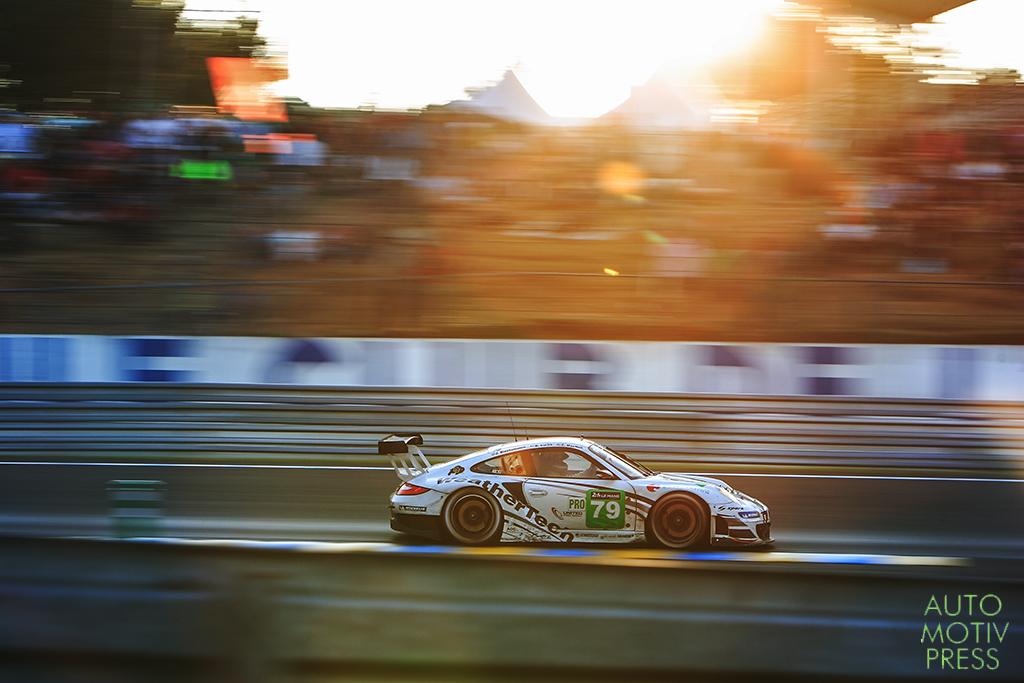 Porsche 911 GT3 RSR n°79/Porsche ProSpeed - 24 Heures du Mans 2014 - Course - MacNEIL / BLEEKEMOLEN