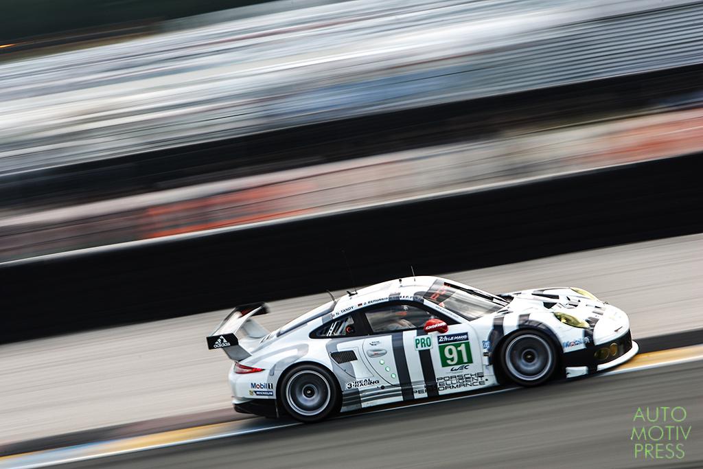 Porsche 911 GT3 RSR n°91/Porsche Team Manthey - 24 Heures du Mans 2014 - Course - PILET / BERGMEISTER / TANDY