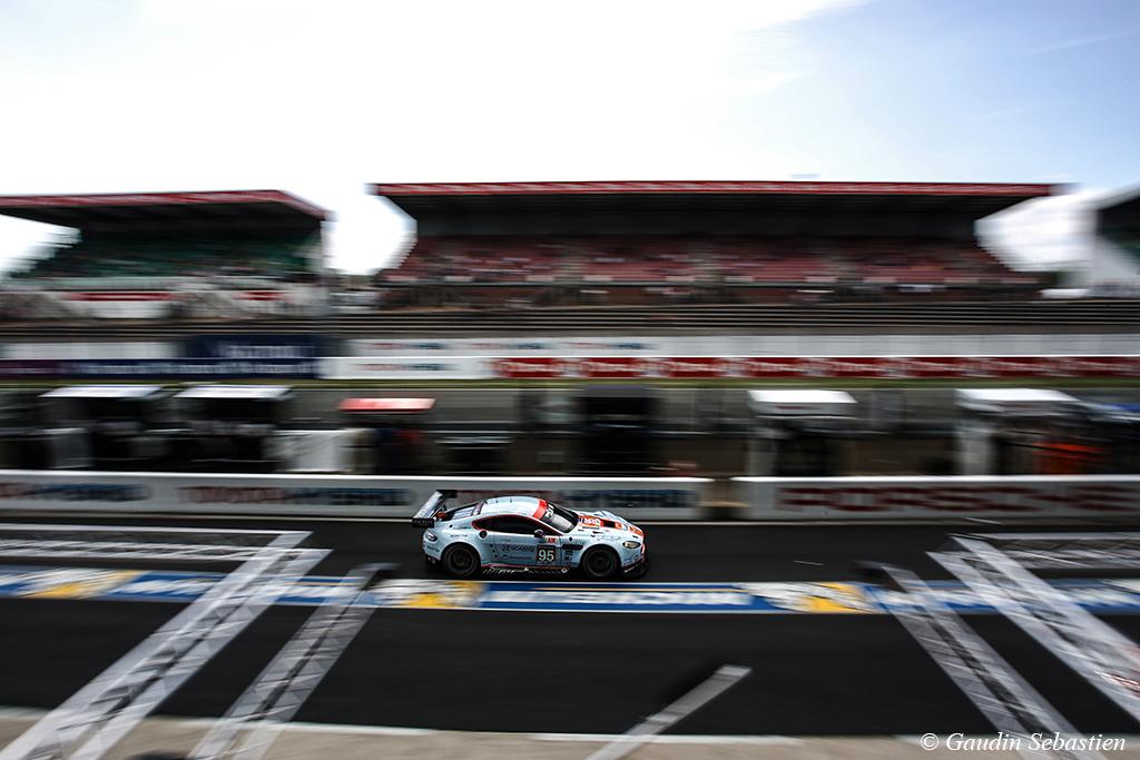 Aston Martin Vantage n°95/Aston Martin Racing - - 24 Heures du Mans 2014 - Course - POULSEN / HEINEMEIER-HANSSON / THIIM