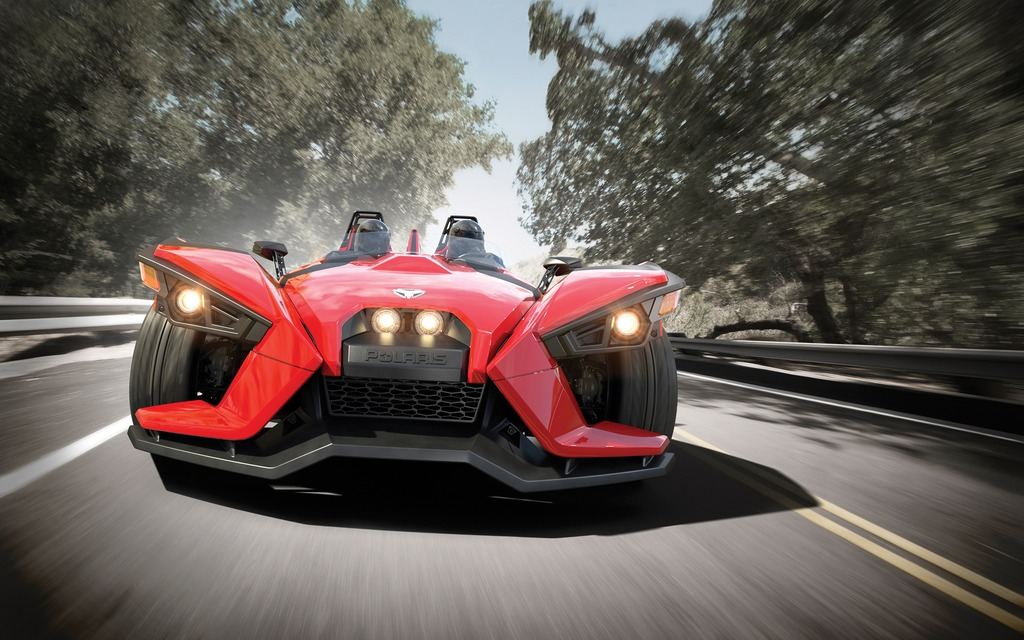 polaris slingshot   le tricycle lance