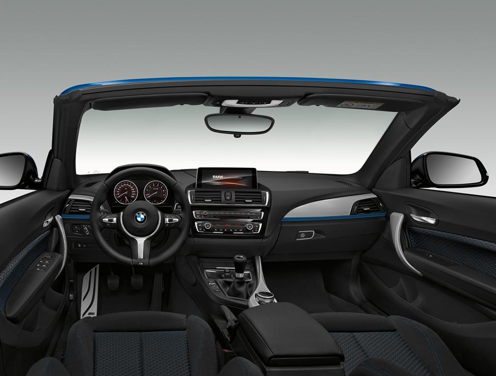 BMW M235i cabriolet