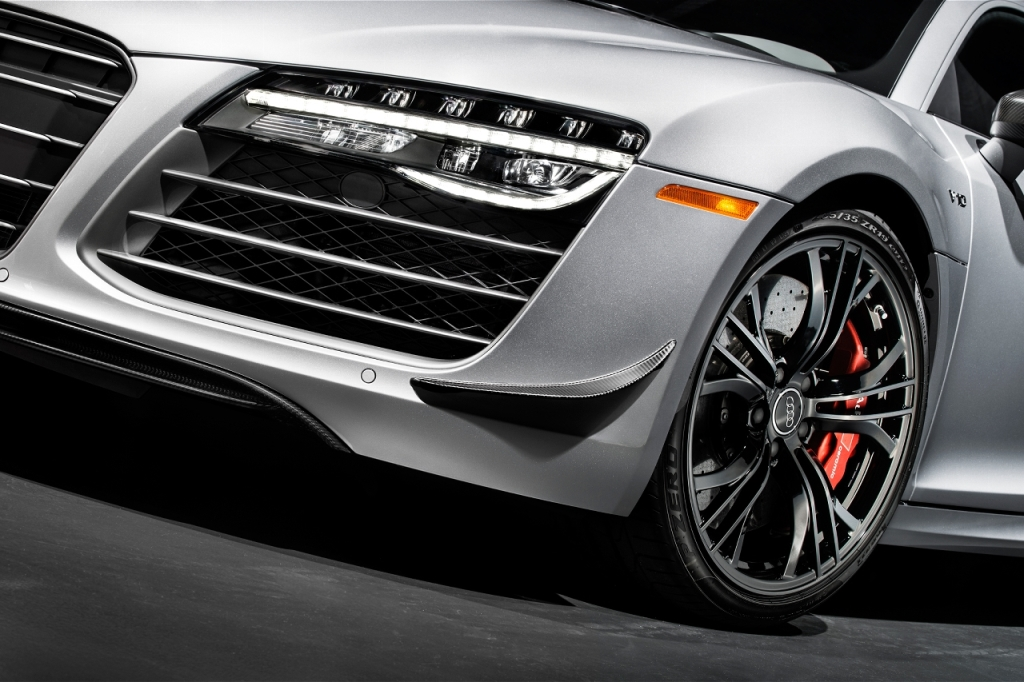 2015-audi-r8-competition-front-end