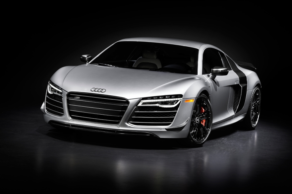 2015-audi-r8-competition-front-three-quarter-02
