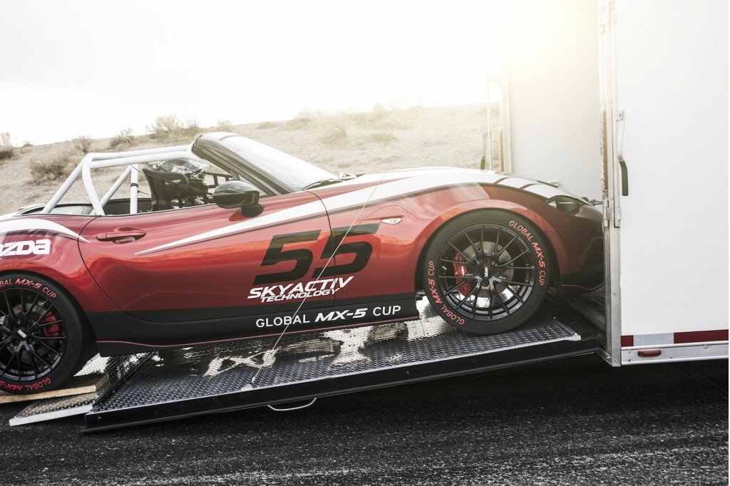 2016-mazda-global-mx-5-cup-race-car_100489069_l
