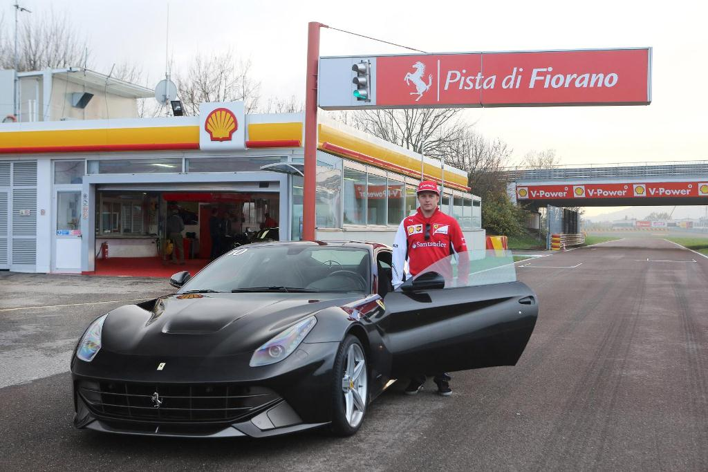 Kimi et la F12 Berlinetta