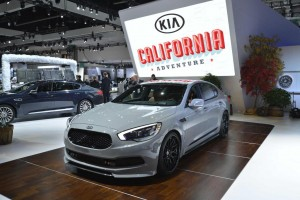 Kia K900 - Los Angeles Auto Show 2014