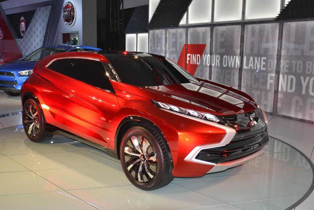 Mitsubishi Concept XR-PHEV - Los Angeles Auto Show 2014