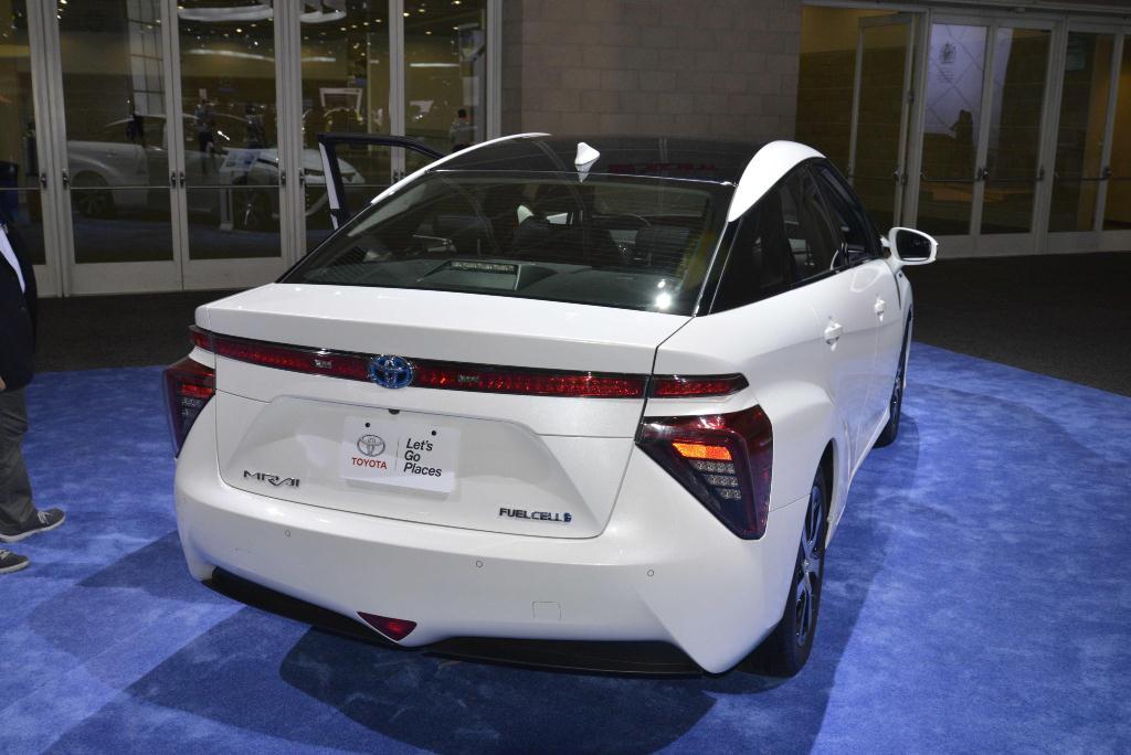 Toyota Mirai - Los Angeles Auto Show 2014