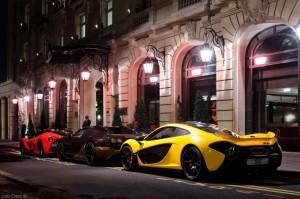 Virée parisienne - McLaren P1, Bugatti Veyron Vitesse Rembrandt & Ferrari LaFerrari