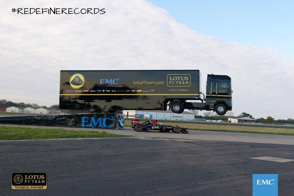 Lotus F1 Team : les adieux à Renault by EMC