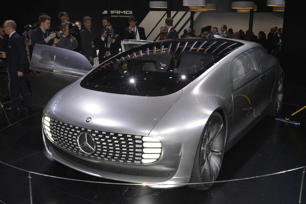 Mercedes-Benz F105