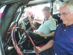 Oreste Berta et Horacio Pagani lors d'une course historique en Argentine sur une Torino