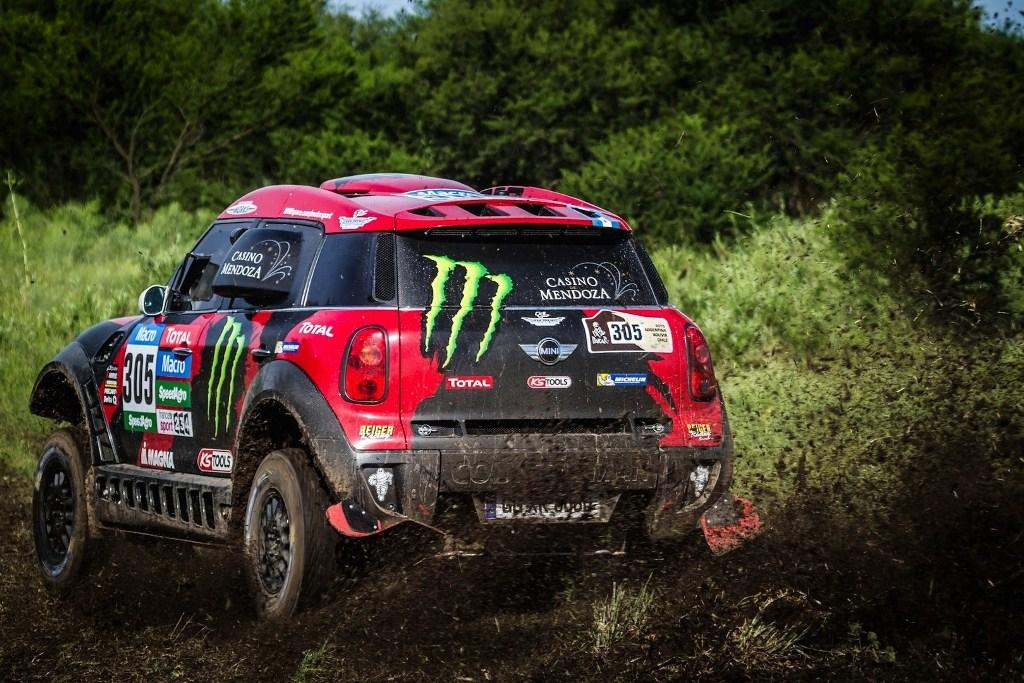 mini-wins-first-stage-of-2015-dakar-rally_5