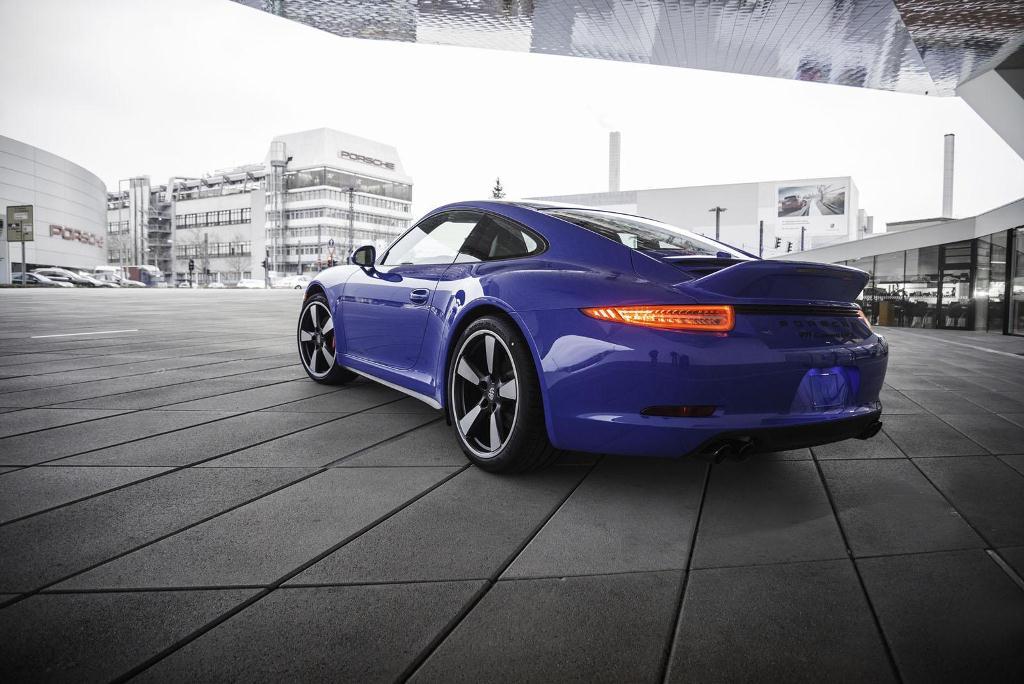 Porsche 911 GTS Club Coupé