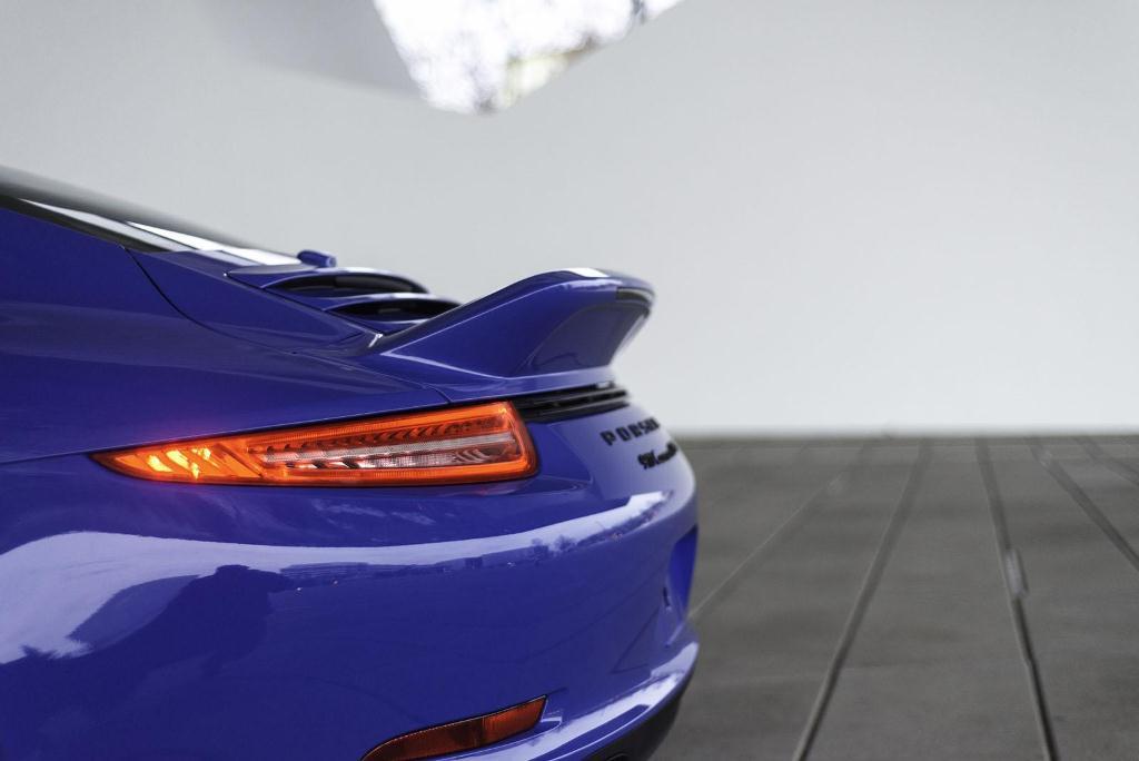 porsche-911-gts-club-coupe-7