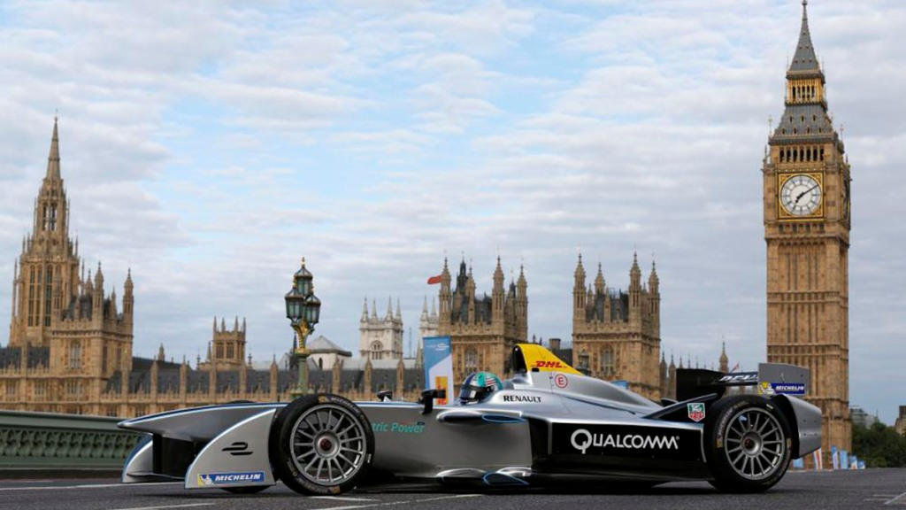 4.-Formula-E-is-the-worlds-first-fully-electric-race-series_blog