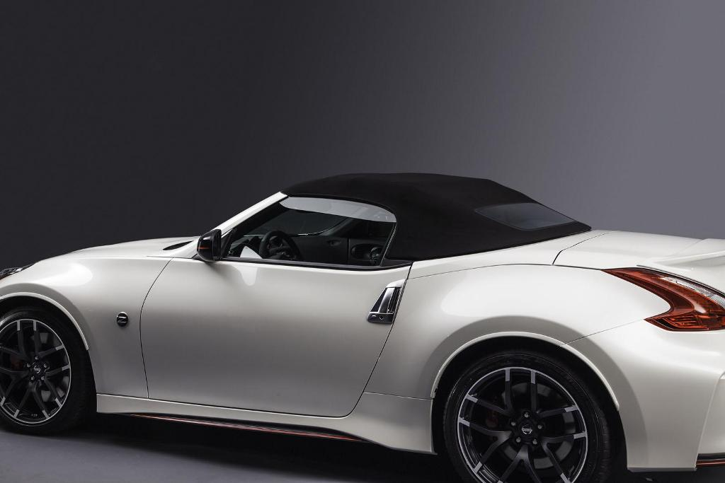 Nissan-370Z-Nismo-Roadster-Concept-7