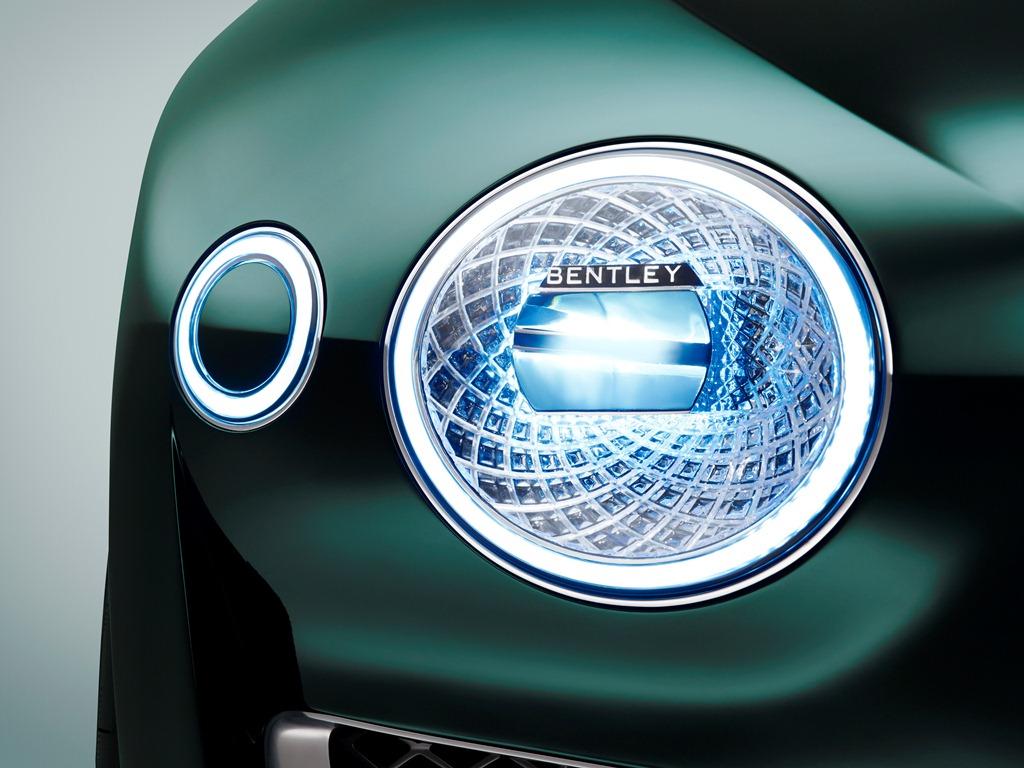 Bentley EXP 10 Speed 6-07