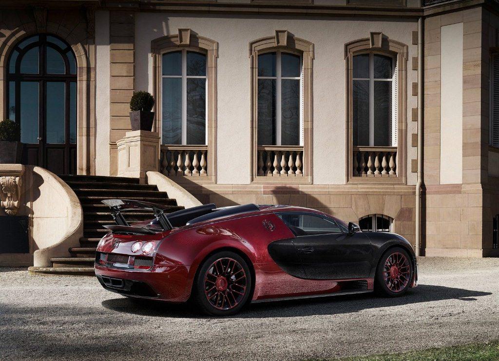 Bugatti-Veyron_Grand_Sport_Vitesse_La_Finale_2015_04