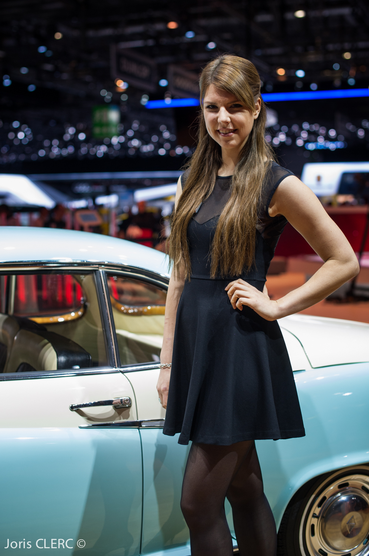 Salon de gen ve 2015 les h tesses partie 2 for Salon auto hotesse