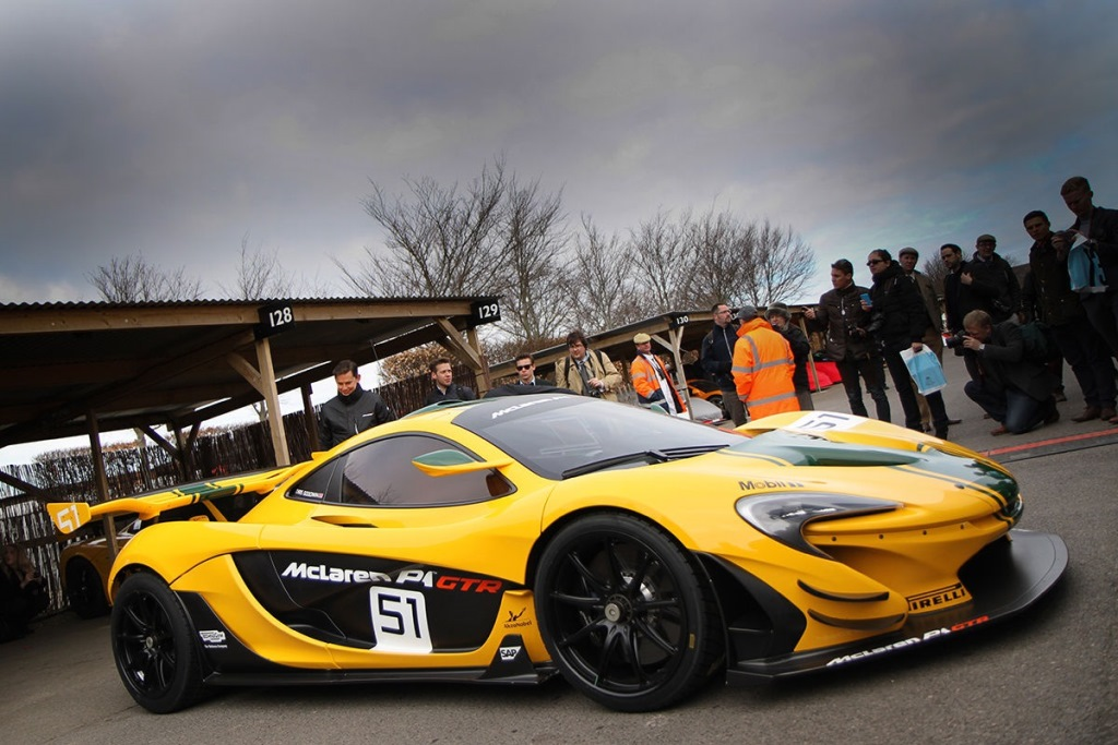Goodwood 73 MM : Les 20 ans de la victoire au Mans d'une McLaren F1GTR - McLaren P1 GTR