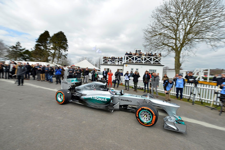 Goodwood 73 MM : La démonstration Mercedes - F1 W04 2013