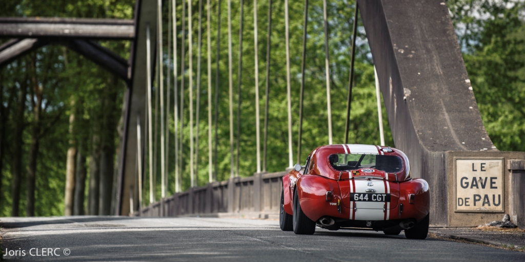 Tour Auto 2015 - Etape 5 Pau - Biarritz - Shaun Lynn - Kevin Kivolchan / AC Cobra Shelby 289