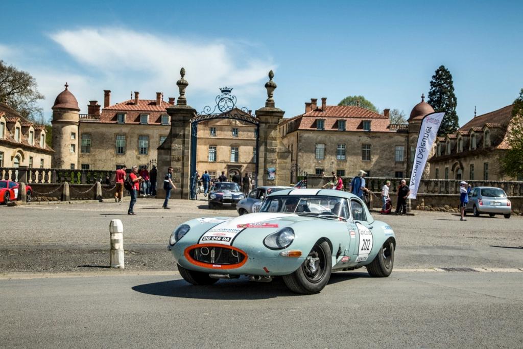 Tour Auto 2015 - Etape 2 Vichy - Clermont-Ferrand - JP. Lajournade-Ch.Bouchet / Jaguar Type E 3.8L