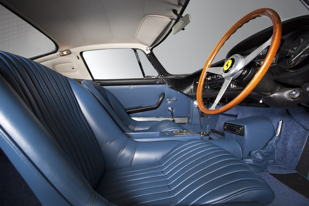 HandH_Colton_Ferrari_275_GTB-4_interior