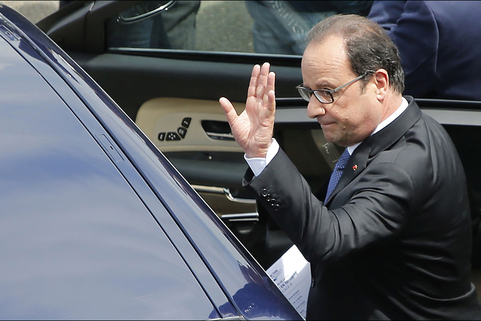 Francois Hollande avant le dAi??part des 24 Heures du Mans 2015