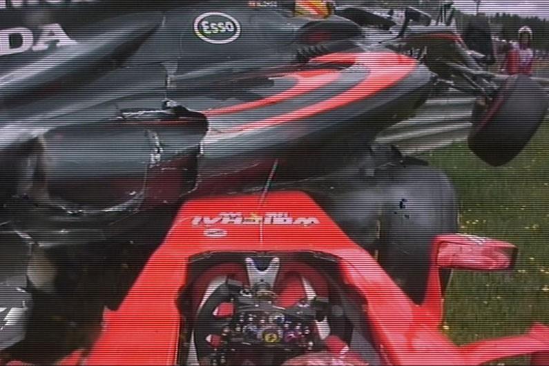 Alonzo prenant le dessus sur Raikkonen - GP Autriche 2015 - Formule 1